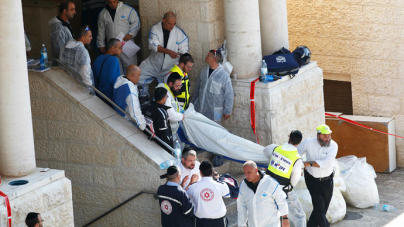 3 American Rabbis slaughtered in Synagogue by Palestinian terroists